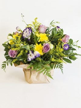 Arrangements: Wild Garden Posy Arrangement