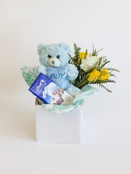 New baby flowers send a congratulations message from benmore baby boy lindt box negle Image collections